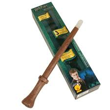 HARRY POTTER DELUXE LIGHT-UP AND SOUND WIZARD WAND