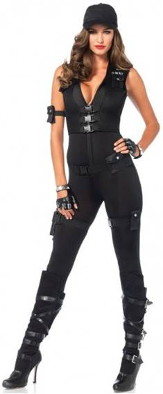 sexy women cops